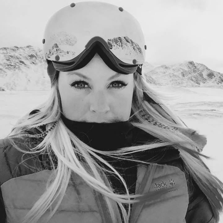 chemmy alcott black and white shot